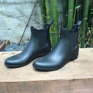 ce7f156e0cfc J. Crew Shoes | Jcrew Mercantile Chelsea Rain Boots | Poshmark